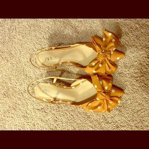 New Zara kitten heel shoes.